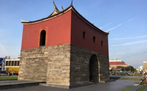 台北の北門