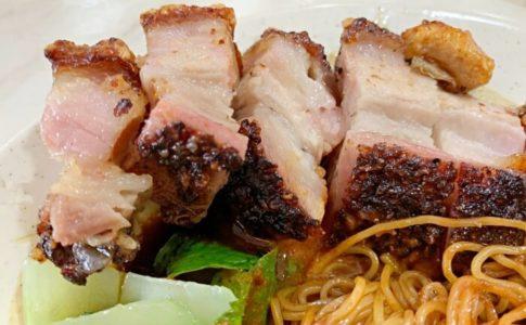 皮がパリパリのBoon Signature Roast Porkのローストポーク