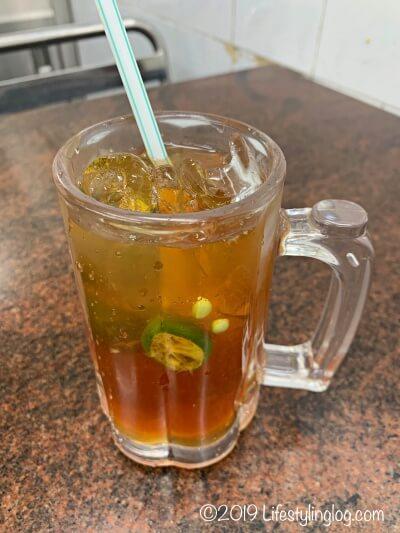 マレーシアのTeh-O-Ice-Limau(テーオーアイスリマウ)