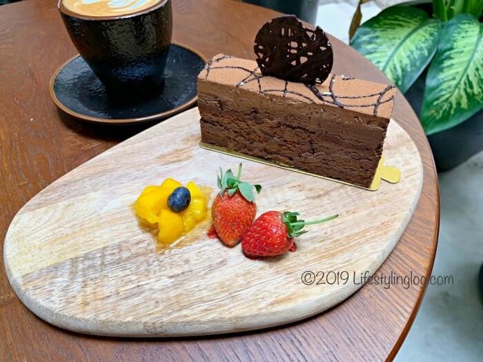 Beryl's LOT18のChocolate Truffleケーキ