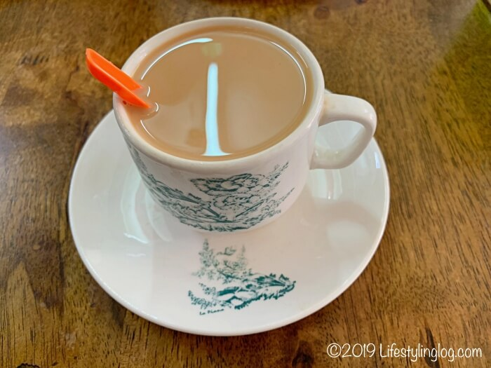 興發茶餐室(Heng Huat Coffee Shop)のTeh C(テーシー)