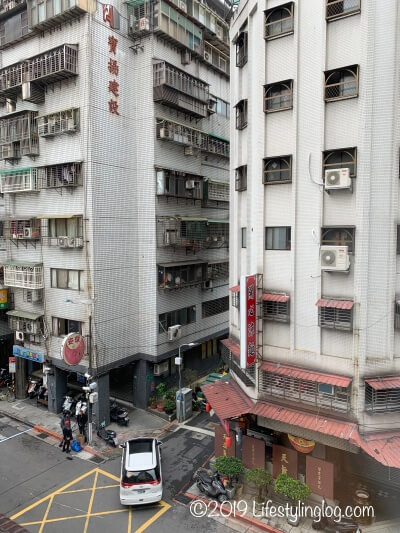 建山大旅社(ジェンシャンホテル)から見える外の風景