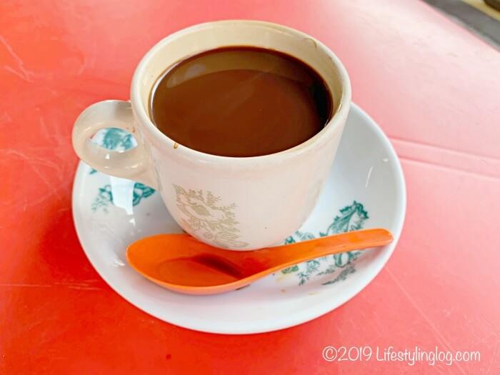 隆安茶室(Lung Ann Refreshments)のKopi(コピ)