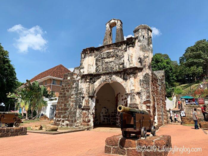 マラッカのファモサ要塞跡・サンチャゴ砦(A Famosa / Porta de Santiago )
