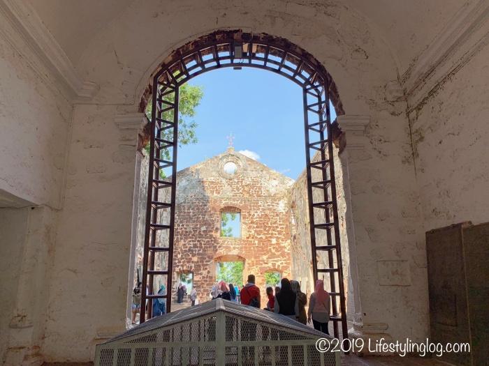 マラッカのセントポール教会のメインホール