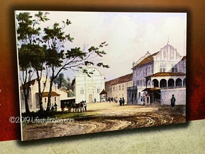 マラッカのスタダイスに展示されているホワイトカラーのキリスト教会