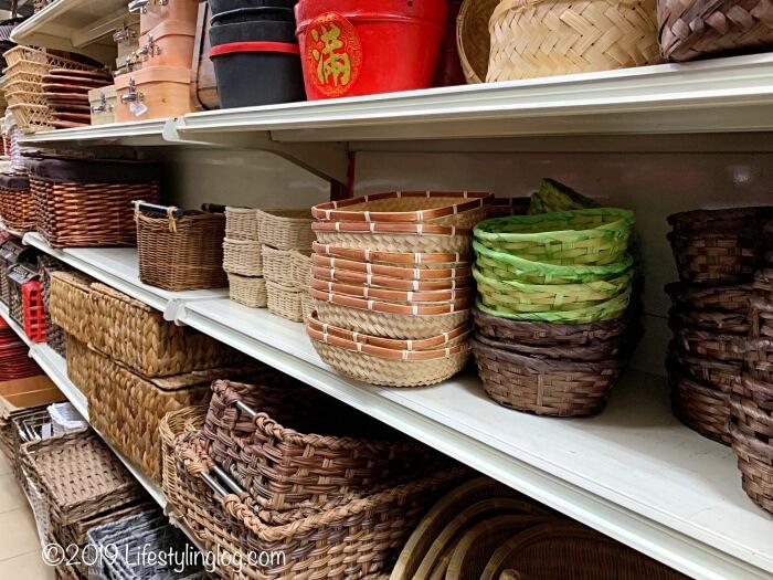 The Basket Shopの店内で販売されているかご商品
