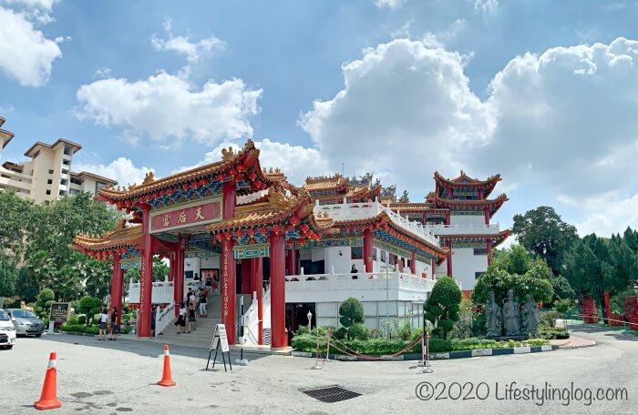 クアラルンプールにある天后宮(Thean Hou Temple)の全体像