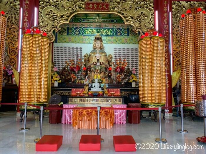 クアラルンプールの天后宮(Thean Hou Temple)に祀られている媽祖