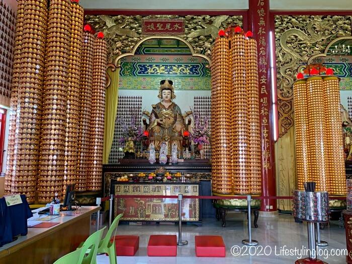 クアラルンプールの天后宮(Thean Hou Temple)に祀られている水尾聖娘