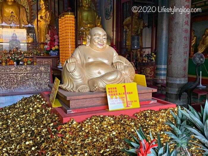 極楽寺(Kek Lok Si Temple)にある金元寶