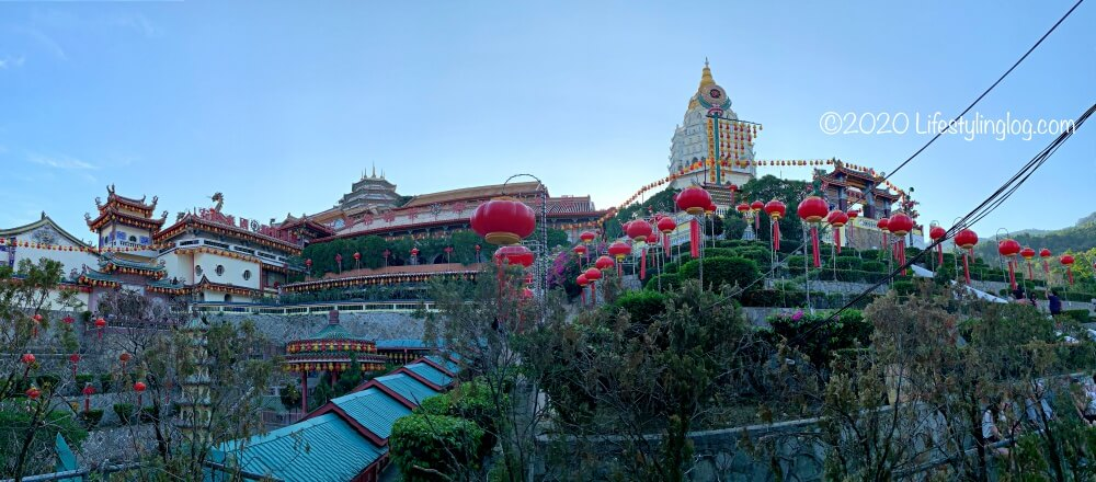 極楽寺(Kek Lok Si Temple)の全体像