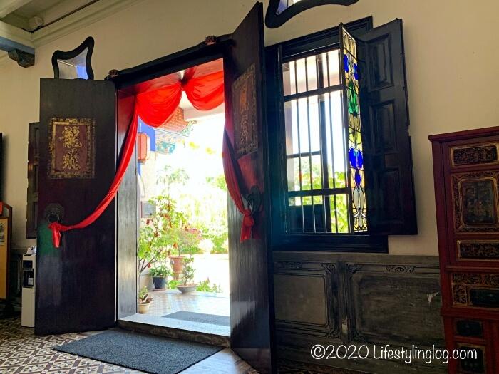 ブルーマンション(Cheong Fatt Tze Mansion)の内部に使われたステンドグラス