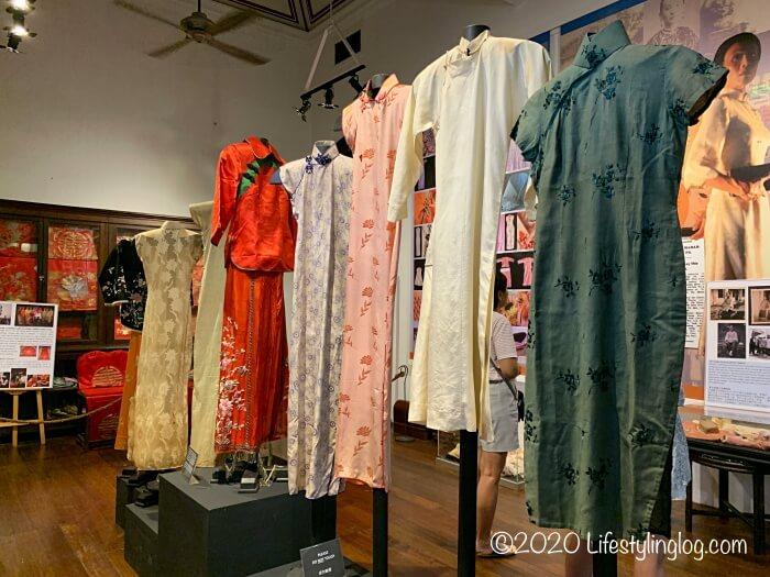 ブルーマンション(Cheong Fatt Tze Mansion)に展示されているチョンサム