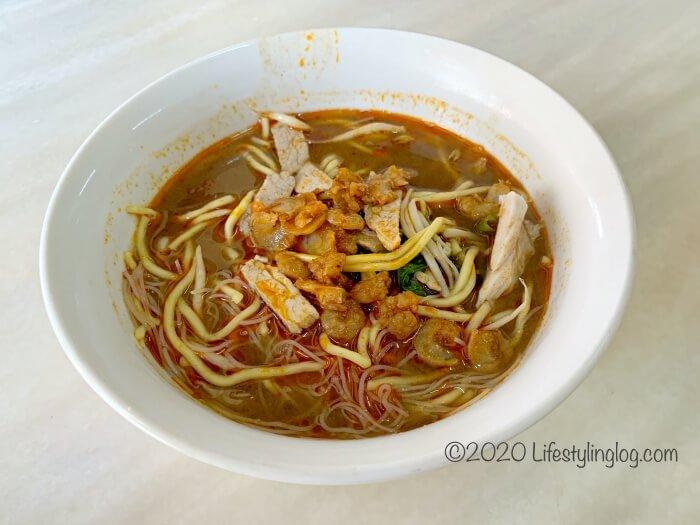 T&T Prawn Mee Shop(蝦麵之家)のペナン福建麺(ホッケンミー)