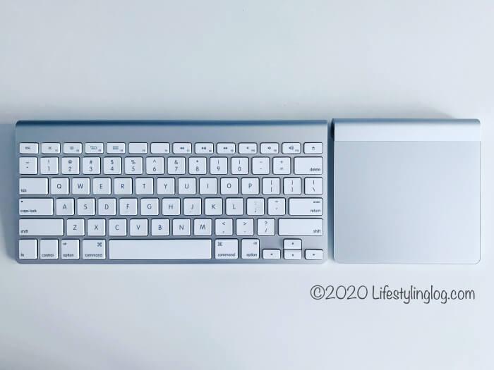 アップルのワイヤレスキーボードとMagic Trackpad