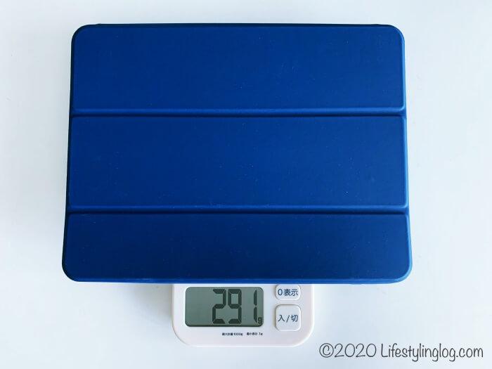 普通の11インチiPad Proカバーの重量
