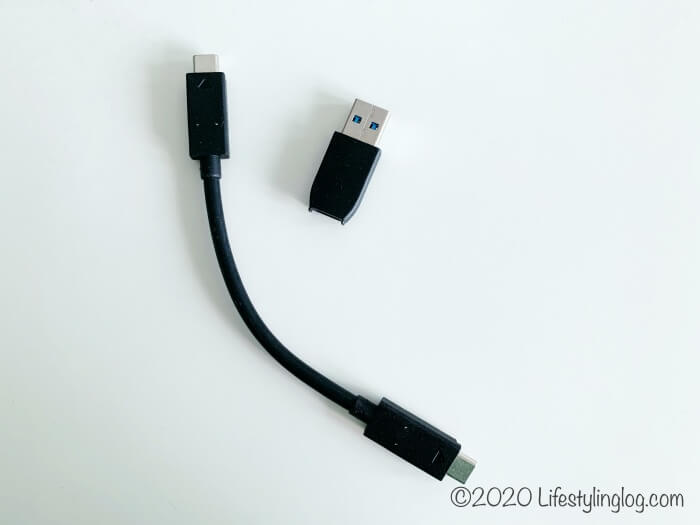 SanDisk(サンディスク)のポータブルSSDの付属品