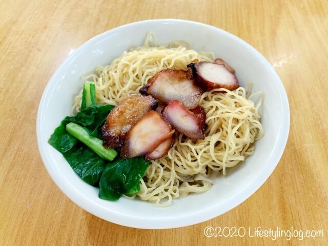 龍師傅港式竹昇麵家(Loong Sifu Bamboo Noodle House)のチャーシューワンタンミー