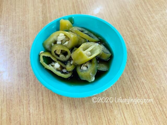 龍師傅港式竹昇麵家(Loong Sifu Bamboo Noodle House)のピクルス