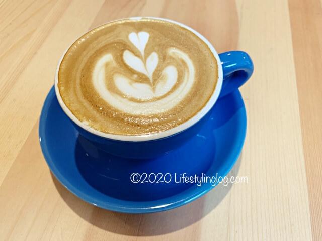 RAGEのカフェラテ