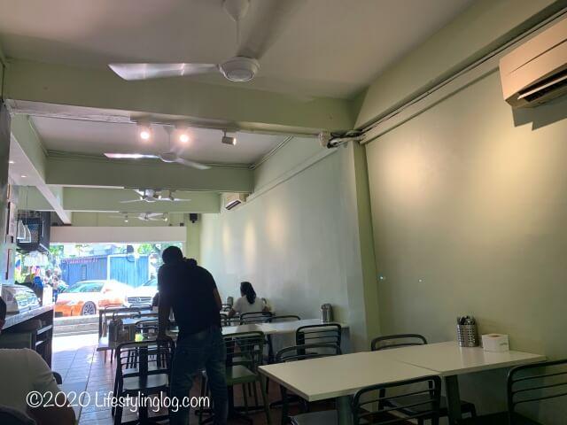 The Ganga Cafeの店内