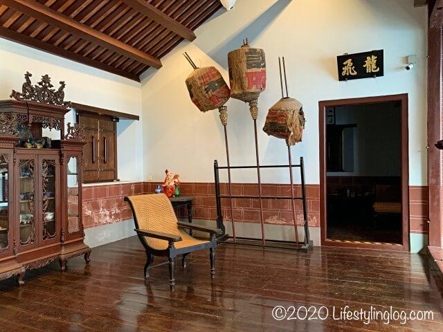 世徳堂謝公司(Seh Tek Tong Cheah Kongsi)の家具室