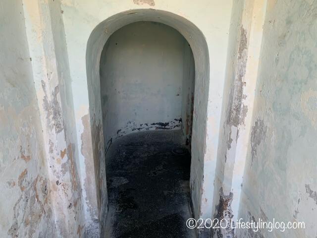 コーンウォリス要塞(Fort Cornwallis)にある火薬庫の中の通路