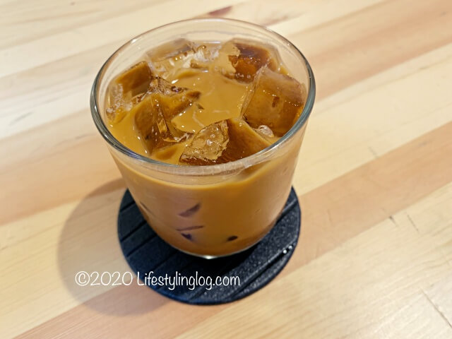 RAGEのDirty Thai Milk Tea