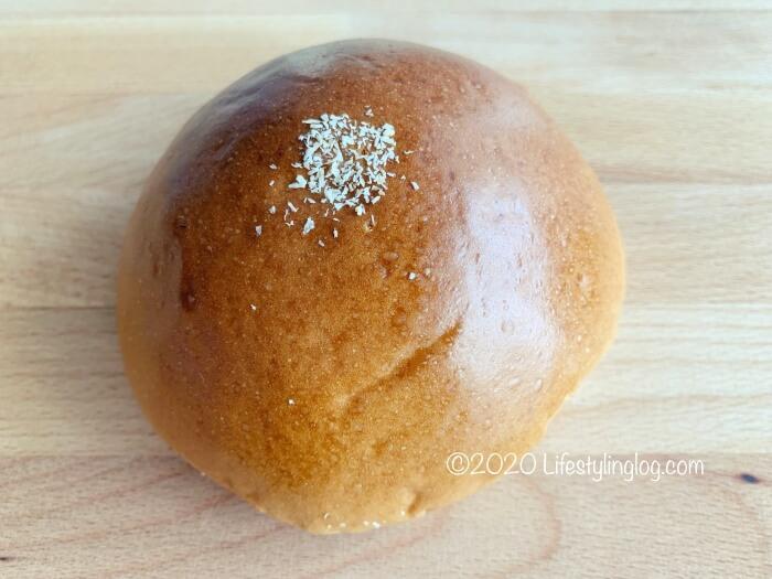 光華(Kwong Wah)のグラマラッカココナッツパン