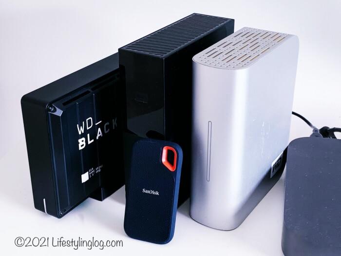 ウエスタンデジタル社のHDDとサンディスクのポータブルSSD