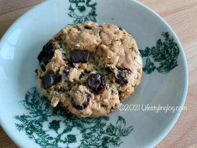Qra@The Storiesのオーツチョコチップクッキー