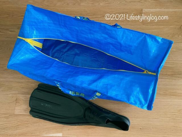 ダイビング用品の収納に便利なフラクタのトロリー用バッグ