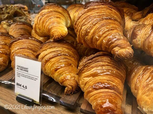 Croisserie Artisan Bakery @ Damansara Heightsのクロワッサン