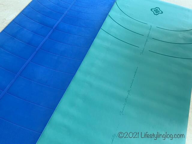 DOMYOS (ドミオス) ヨガマット グリップ&吸汗 5mm 185 × 65cmと軽量ヨガマットの比較
