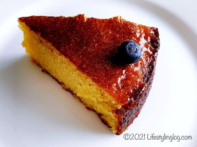 お持ち帰りしたKenny Hills BakersのOrange Polenta Cake