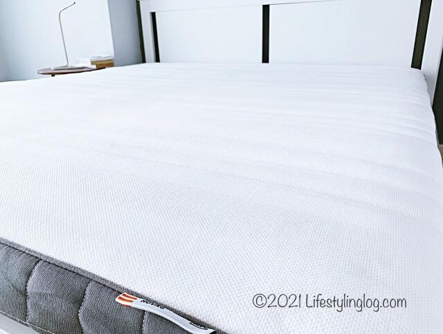 自宅で使用しているIKEA(イケア)HÖVÅG(ホーヴォーグ)のポケットスプリングマットレス(160x200cm)