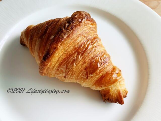 Croisserie Artisan Bakeryのクロワッサン