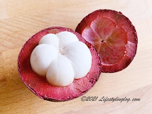 ナイフを使ってマンゴスチンを食べる方法