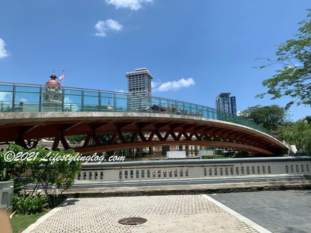 Masjid Jamek Pedestrian Bridge