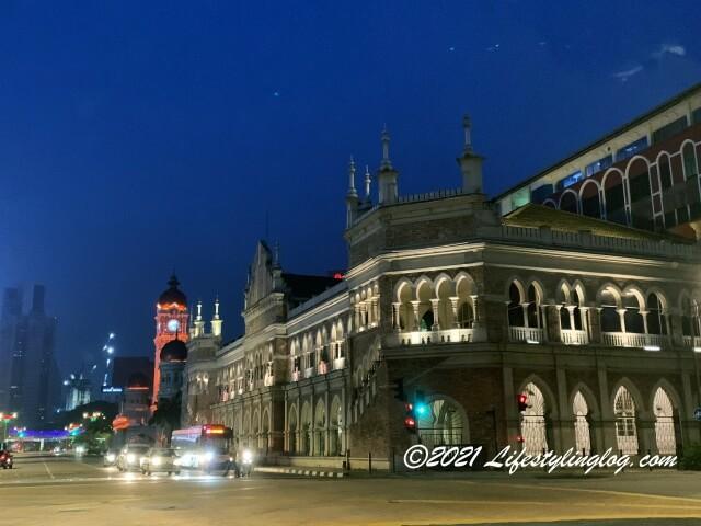 ライトアップされたSultan Abdul Samad Building